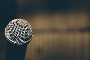 microphone-1206364_960_720