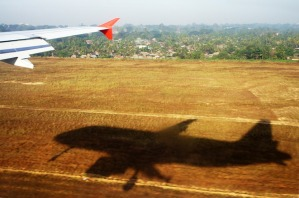 aircraft-1566347_960_720